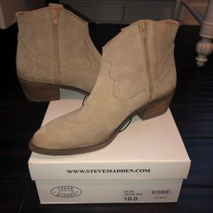 Steve Madden Womens Ollie Booties Suede Ankle